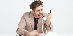 Pessoa com problemas na comunicação