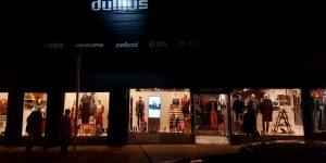Vitrines digitais nas lojas - Dullius