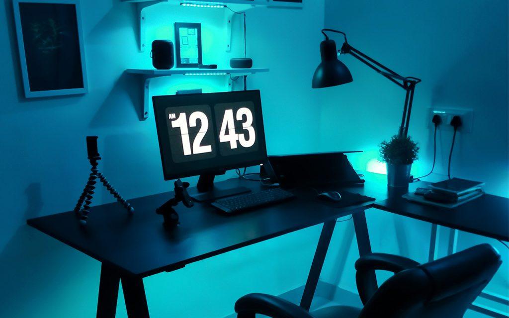 mesa de escritório em casa (home office)