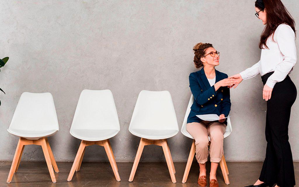 endomarketing: colaboradoras conversando